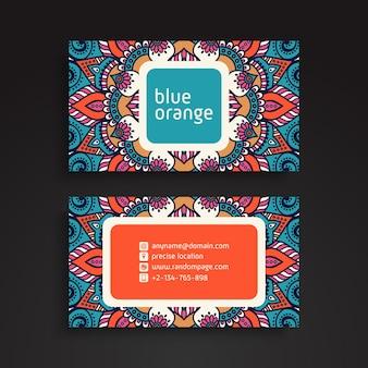 Cartão de visitas. elementos decorativos vintage. cartões de visita florais ornamentais ou convite com mandala