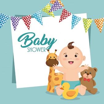Cartão do chuveiro de bebê com garotinho
