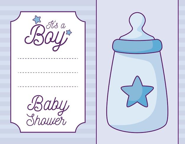 Cartão do chuveiro de bebê é um menino com garrafa de leite