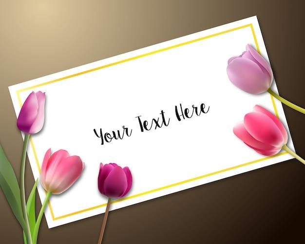 Cartão do convite com tulipas