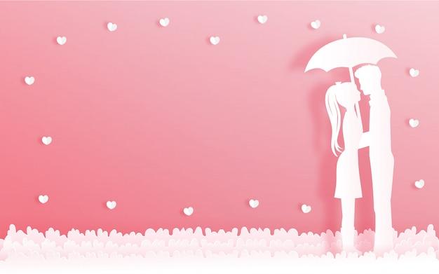 Cartão do dia dos namorados com homem e mulher abraçados sob o guarda-chuva