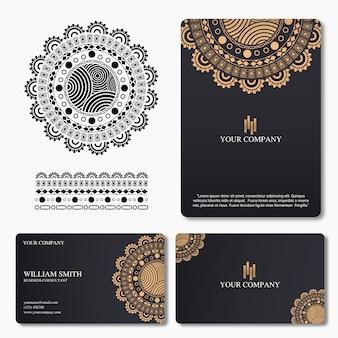 Cartão elegante e de luxo com ornamento mandala