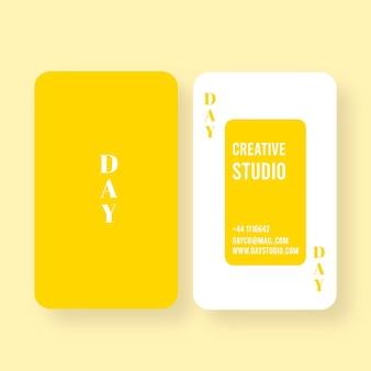 Cartão monocromático