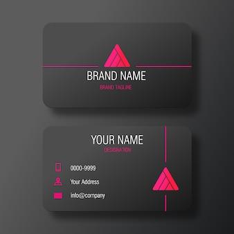 Cartão preto moderno com logotipo abstrato da pirâmide