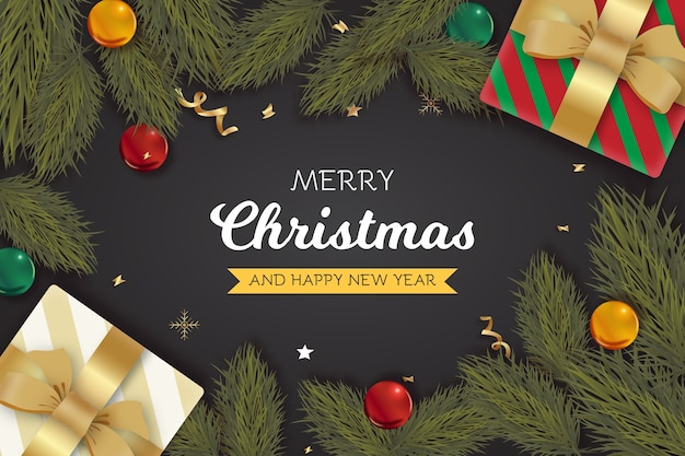 Cartão realista de natal e ano novo com presentes e ramos