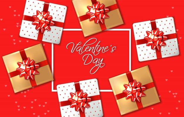Cartão vermelho de dia dos namorados com caixas de presente