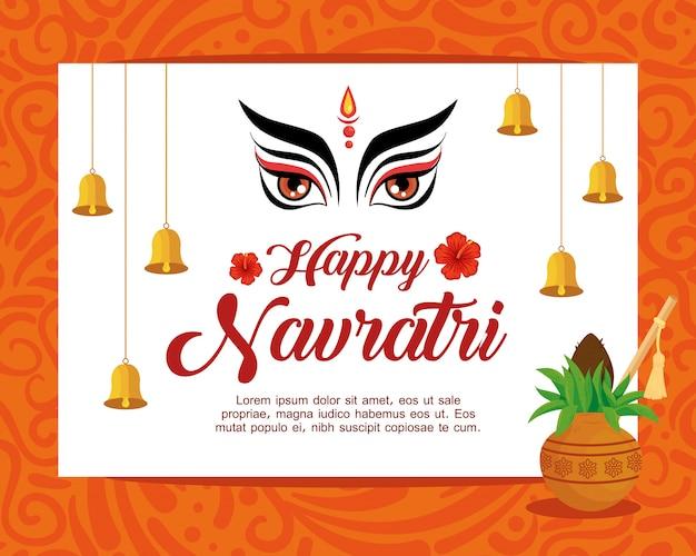 Cartaz de comemoração feliz navratri com rosto durga e decoração