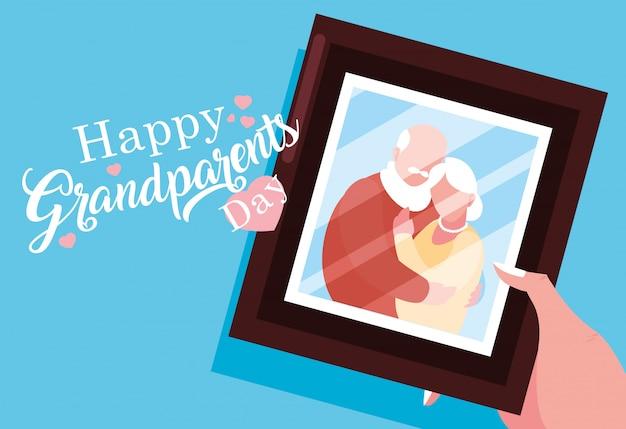 Cartaz de dia dos avós feliz com foto do casal de velhos