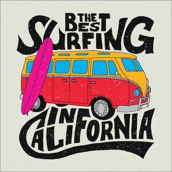 Cartaz de melhor surfista da califórnia com ônibus e prancha em ilustração eficaz
