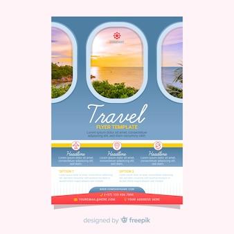 Cartaz de viagens modelo com imagem