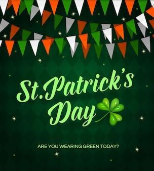 Cartaz dos desenhos animados do st. patrick day com letras e trevo. decoração de guirlanda de bandeiras vermelhas, verdes e brancas em fundo xadrez. cartão de são patrício, festival irlandês tradicional, festa celta