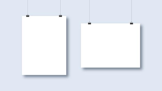 Cartazes brancos em branco