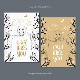 Cartões coruja no estilo desenhado mão