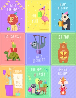 Cartões de aniversário com animais. personagens de leão e macaco de tartaruga de zebra da vida selvagem em cartões coloridos de celebração de presente