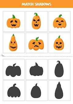 Cartões de correspondência de sombra para crianças em idade pré-escolar. abóboras de halloween.
