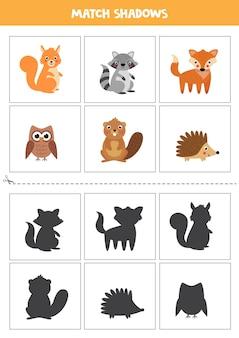 Cartões de correspondência de sombra para crianças em idade pré-escolar. animais fofos da floresta.