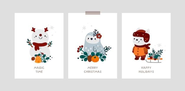 Cartões de feliz ano novo ou feliz natal com personagens de desenhos animados e acessórios de inverno aconchegantes