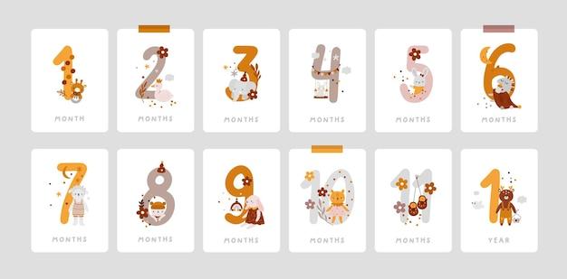 Cartões de marco do bebê com números e brinquedos no estilo boho.