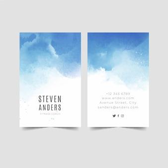 Cartões de visita mergulhados em tinta