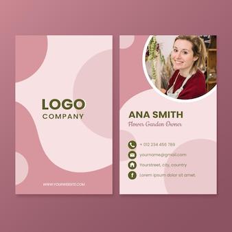 Cartões de visita verticais abstratos e planos