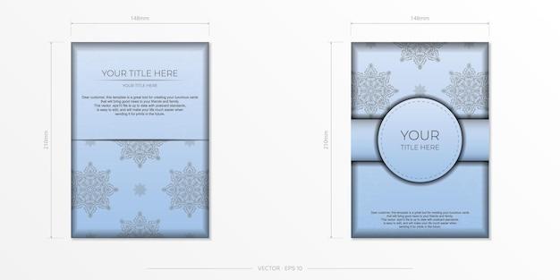 Cartões postais retangulares em azul claro com ornamentos pretos luxuosos. desenho vetorial de cartão de convite com padrões vintage. Vetor Premium