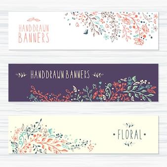 Cartões vintage com padrões de flores, decorações florais, folhas