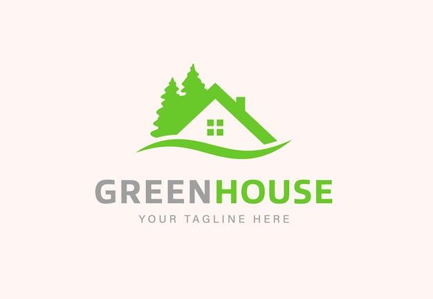 Casa com design de logotipo simples de pinheiros
