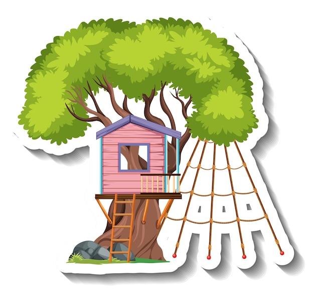 Casa na árvore isolada com redes de escalada