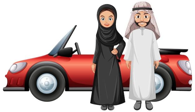 Casal árabe na frente do carro