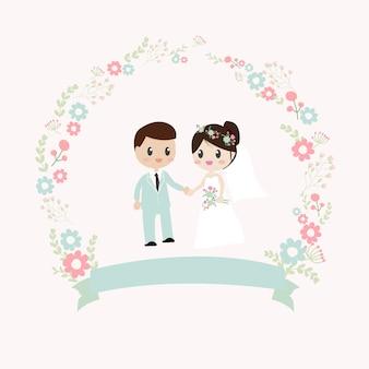 Casal de noivos segurando as mãos coroa de flores