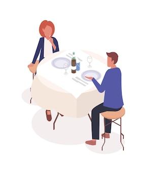 Casal em ilustração vetorial isométrica de restaurante. homem e mulher sentada em personagens de desenhos animados de mesa de café. pessoas namorando, esperando pratos pedidos no restaurante. parceiros, amigos comendo fora.