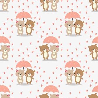 Casal fofo urso no padrão sem emenda de chuva.