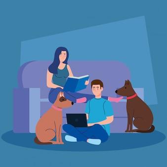 Casal sentado no sofá, mulher lendo um livro, homem usando laptop, com mascote de cachorro