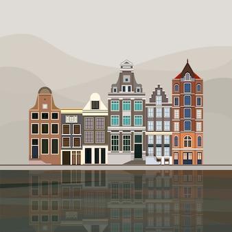 Casas de canal Europeu tradicionais em Amesterdão