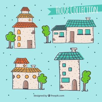Casas desenhadas à mão com telhados e janelas coloridas