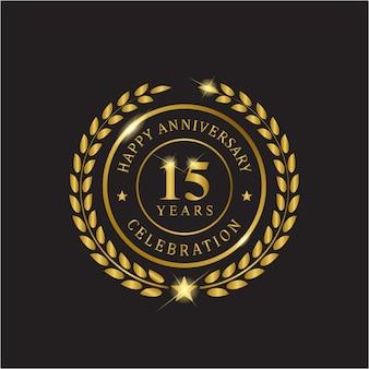 Celebração de quinze anos de aniversário de grinalda de ouro.