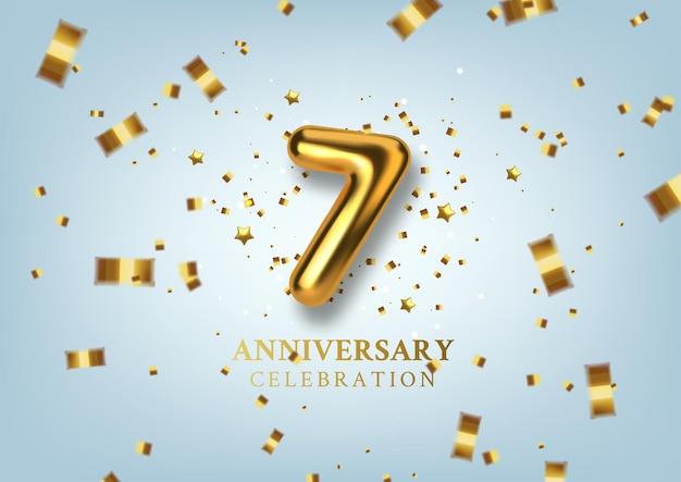 Celebração do 7º aniversário número na forma de balões dourados.
