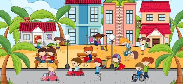 Cena ao ar livre com muitas crianças brincando no parque