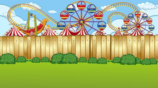 Cena da cerca do parque de diversões