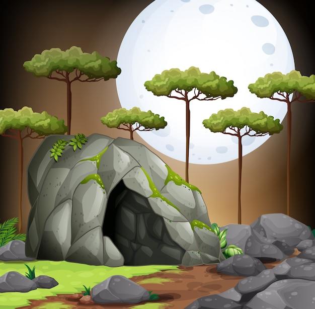 Cena da natureza da caverna na noite fullmoon