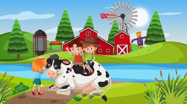 Cena de fazenda com crianças e vaca