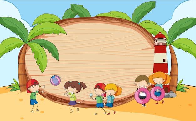 Cena de praia com placa de madeira em formato oval e personagem de desenho animado infantil