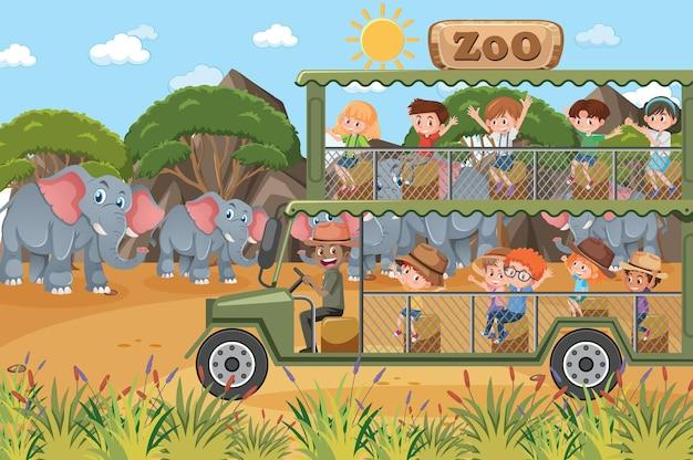 Cena de safári com crianças em carro de turismo observando grupo de elefantes