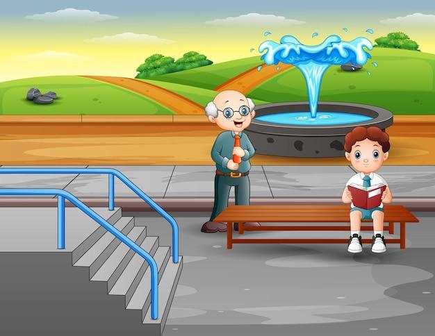 Cena do parque com um menino lendo um livro e sua professora
