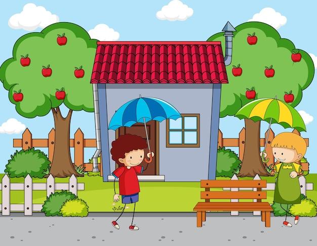 Cena na frente da casa com duas crianças segurando guarda-chuva