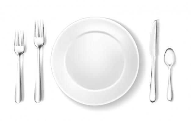 Cenário de mesa realista, arranjo colher garfo