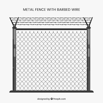 Cerca de metal cinza com arame farpado