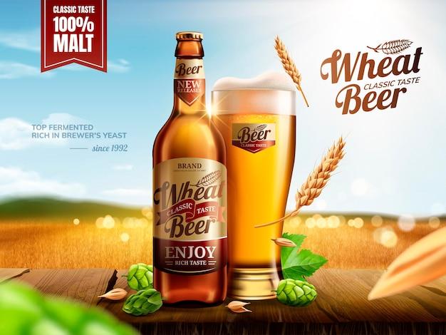 Cerveja de trigo atraente garrafa de vidro com lúpulo na mesa de madeira bokeh campo de trigo dourado
