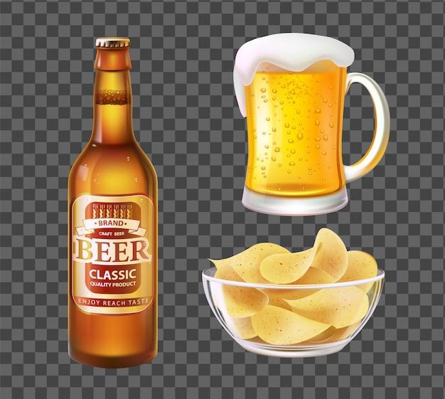 Cerveja em garrafa ou caneca e batatas fritas na tigela de vidro