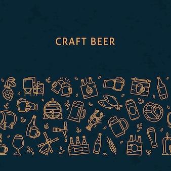Cerveja escura sem costura padrão horizontal de ícones desenhados à mão no tema da cerveja. ícones lisos desenhados à mão no padrão.